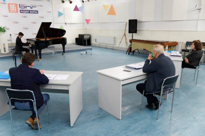 КУЛТУРА ВСЕКИ ДЕН Конкурсът за пианисти - Мила Михайлова