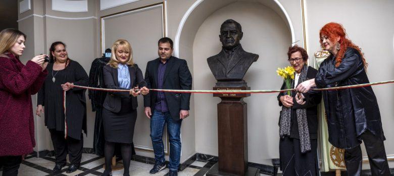 КУЛТУРА ВСЕКИ ДЕН Бюст-паметник на патрона Стоян Бъчваров