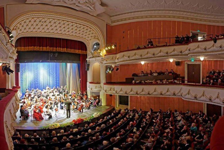 КУЛТУРА ВСЕКИ ДЕН Варненска филхармония на 75 години!