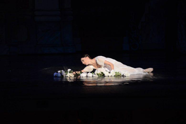 КУЛТУРА ВСЕКИ ДЕН Примабалерината Мария Кичевска гостува в два спектакъла